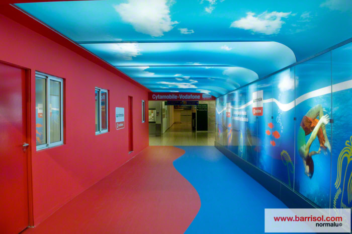Couloir imprim lumineux en toile barrisol mur et plafond - Plafond prime pour l emploi ...