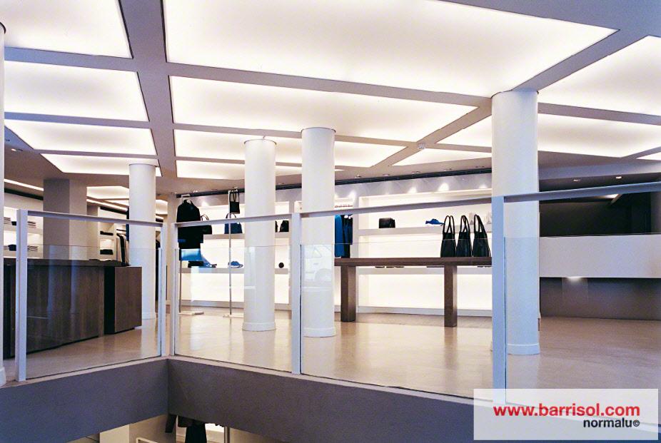 Plafond lumineux Barrisol Lumière, dans un magasin