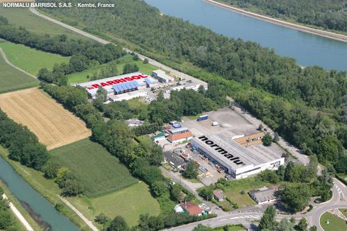 Vue aérienne de l'usine de fabrication de plafond - Barrisol Normalu à Kembs