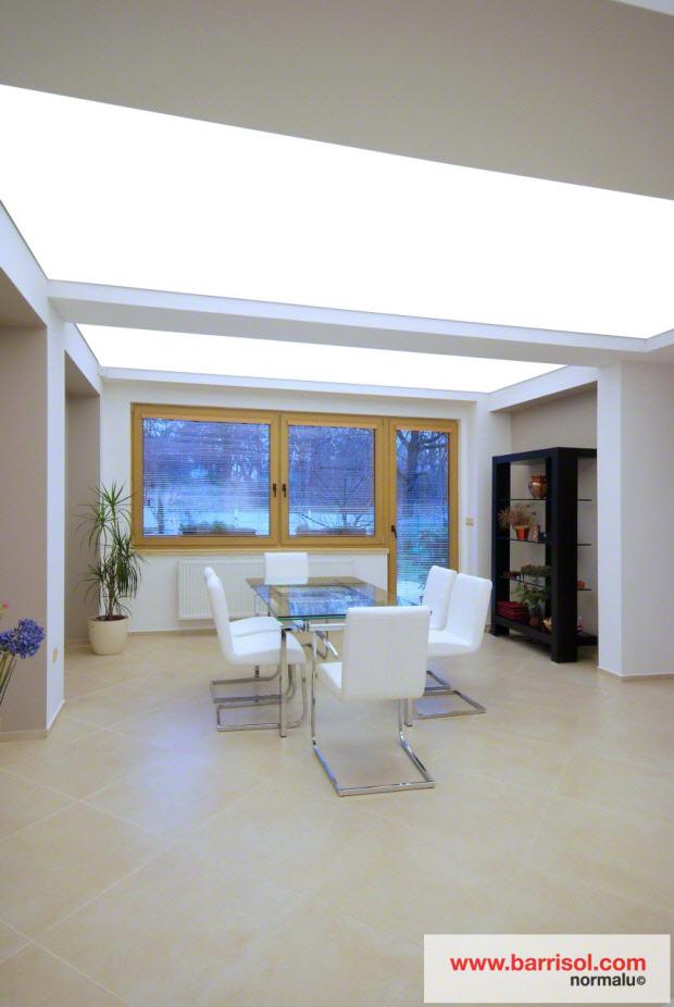 photos de plafonds tendus dans des salles manger. Black Bedroom Furniture Sets. Home Design Ideas