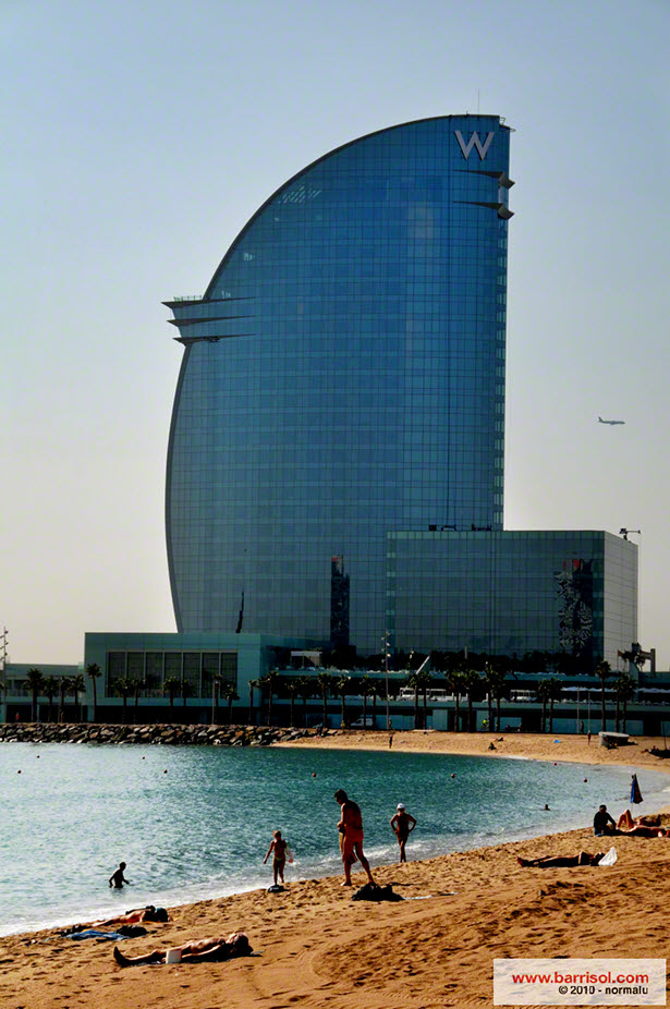 Hotel W (Vela), Bar Eclipse Barcelona