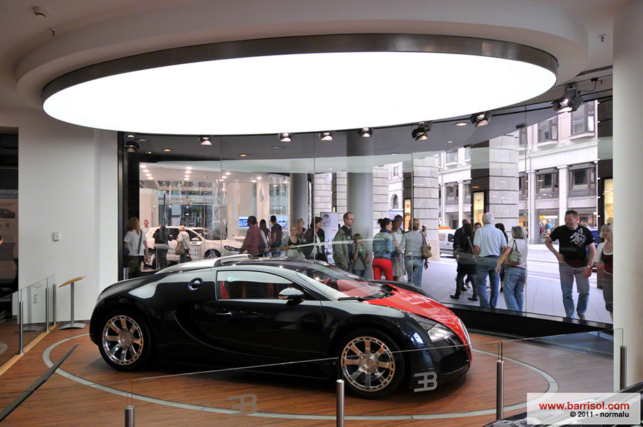 D Virtual Exhibition : Bugatti showroom germany projet d exception barrisol