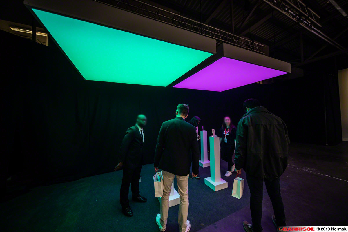 Barrisol Light Boxes - worldwide launch of the OnePlus 7 Pro and OnePlus 7 smartphone in London